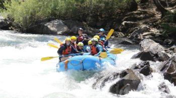 Teens on the Sierra Slam Quest white water rafting